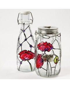 Tiffany-tyyliset koristeet lasipullossa ja lyhdyssä