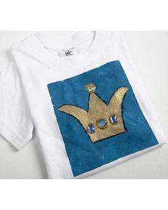 T-paita prinsessakruunukuvalla
