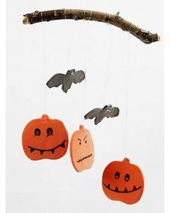 Halloween-koristeita silkkimassasta