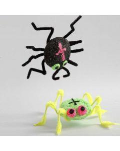 Styroxista ja helmimassasta tehty hämähäkki