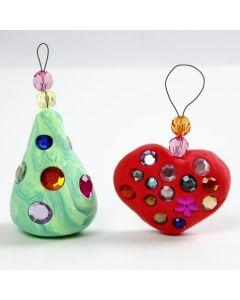Bling bling-koristeita silkkimassasta