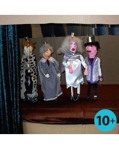 Marionettinukke puusta ja kipsinauhasta