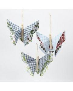 Vivi Gade Design-paperista taiteltu origamiperhonen