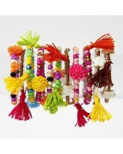 Värikkäät rannekorut rocaille-siemenhelmistä