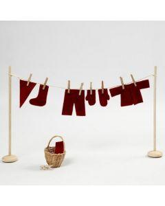 Pyykkinaru pienille tontun vaatteille