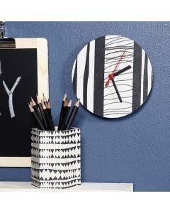 Decoupagepaperilla koristellut kello ja kynäpurkki