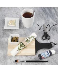Maalattu leikkuulauta ja serviettirengas