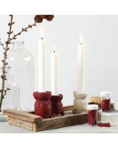 Askartelumaalilla ja mini-lasihelmillä koristellut kynttiläpidikkeet.