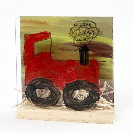 3D traktori ja maisema kaksiosaisessa taulupidikkeessä