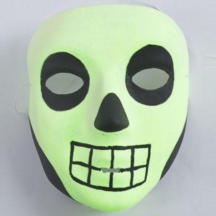 Pimeässä hohtava halloween-naamio