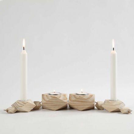 Kynttiläjalustat ja nahkanauhaa