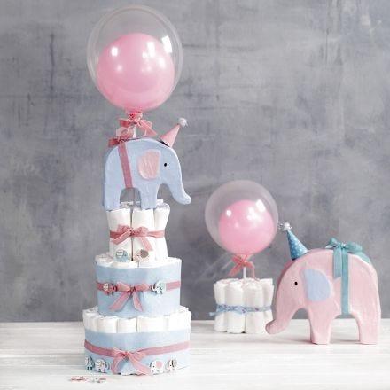 Vaippakakku elefanteilla ja ilmapalloilla