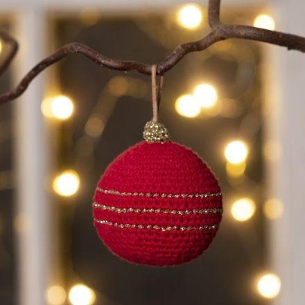 Virkattu joulupallo