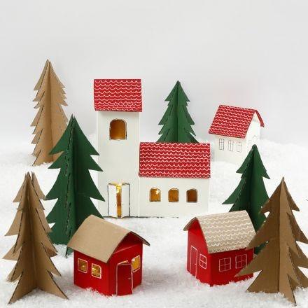 Joulukylä maito- ja mehutölkeistä