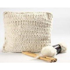 Merinovillasta kudottu tyynynpäällinen