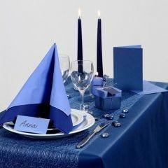 Tyylikäs sininen juhlapöytä