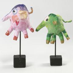 Elefantteja lateksikäsineistä