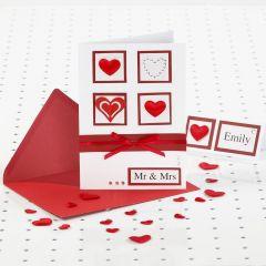 Punavalkoinen kortti häihin