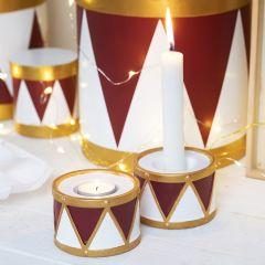 Askartelumaaleilla ja Plus Color-tusseilla koristeltu kynttilänjalka