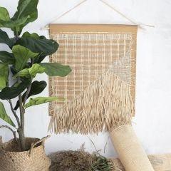Seinäkoriste nahkapaperista, rottingista ja Raffia-paperinarusta