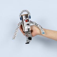 Robotti pahvirullista