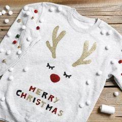 joulupaita joulupalloilla
