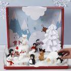 Joulun ihmemaa ja Foam Clay-miniatyyrihahmoja.