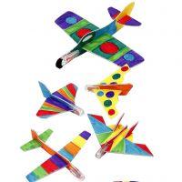 Tusseilla väritetyt lentokoneet
