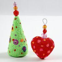 Styroksiset joulukoristeet helmimassalla