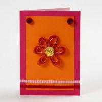 Paperifiligraanikukalla koristeltu korttipohja