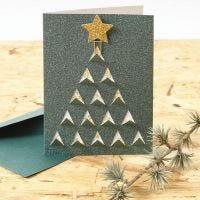 Joulukortti, jossa graafinen joulukuusi