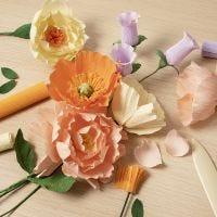 Kreppipaperikukkia aloittelijoille: Opi kuinka tehdään kreppipaperikukkia